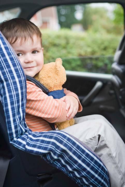 bambino seggiolino auto