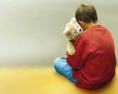 autistico discriminato a scuola