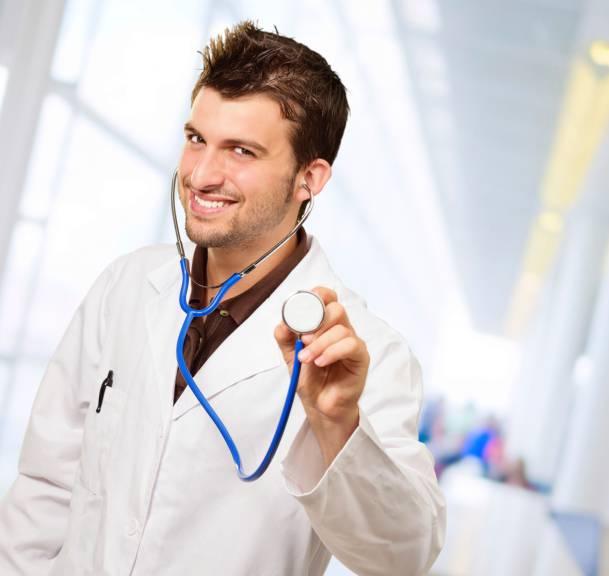 Giovane medico