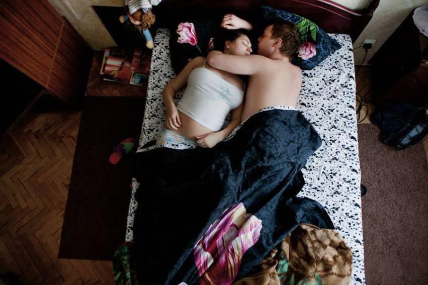 coppia abbracciata
