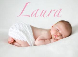 bambina di nome Laura dorme