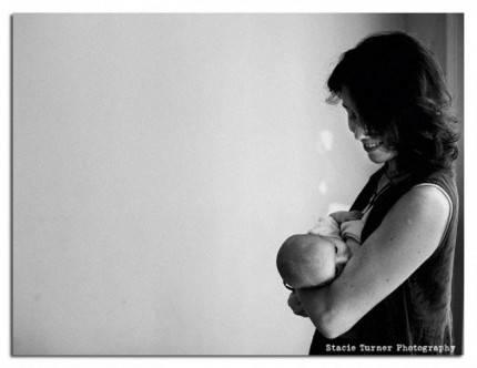 madre e bambino allattamento