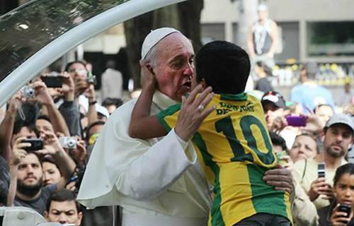 Un bambino e il papa 11