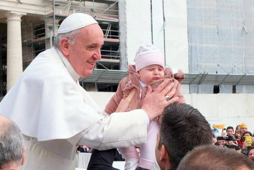 Un bambino e il papa 3