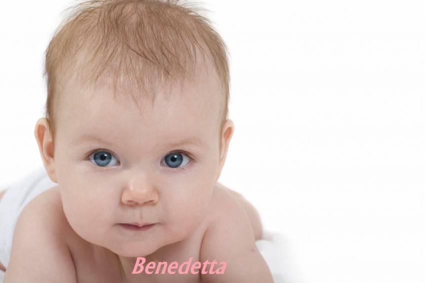 bebe chiara occhi azzurrie capelli rossicci