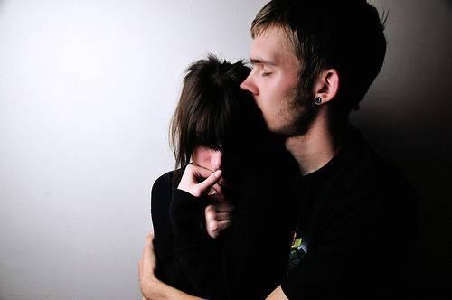 Violenza sulle donne: 13 consigli per aiutare la propria compagna