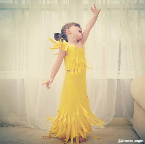 vestito giallo carta bimba