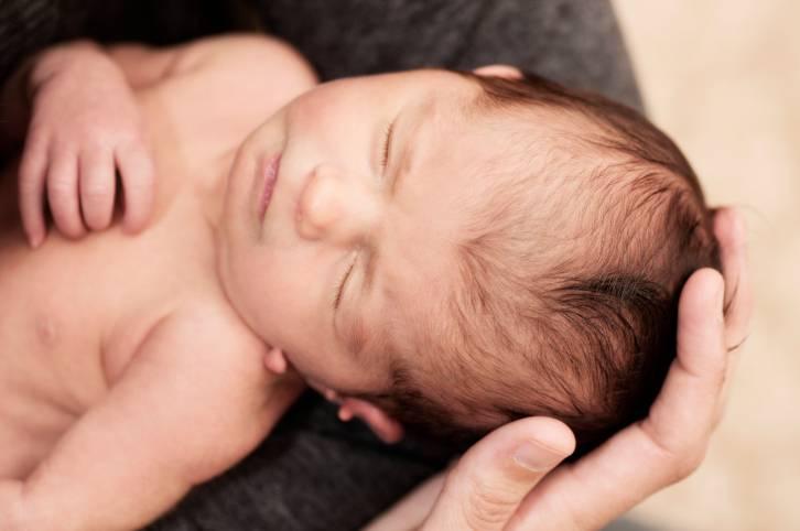 neonato cullato