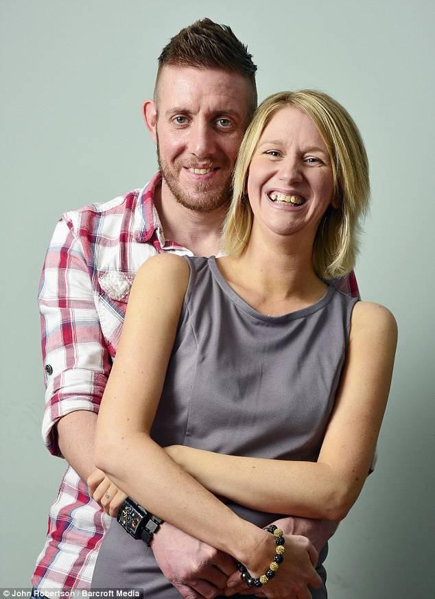tara sawyer con marito matthew