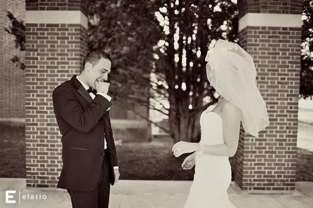 lo sposo non crede ai suoi occhi