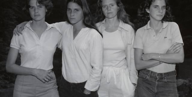 Le 4 sorelle Brown: un incredibile album di immagini lungo 36 anni – Foto