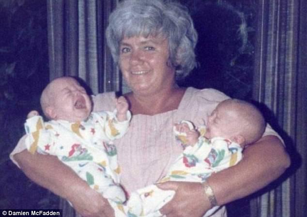 nonna con nipotine