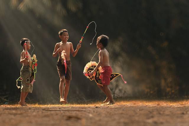 village-life-indonesia-herman-damar-15-e1403259603352