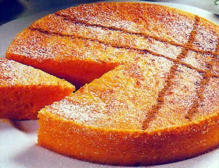 Gustosa e soffice torta alle carote.