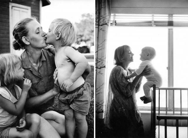 famiglia con mamma gioca figli