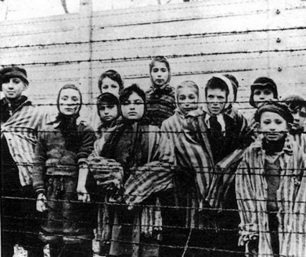 bambini campi di concentramento
