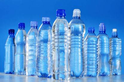 Bottiglie plastica Composition with assorted plastic bottles of mineral water