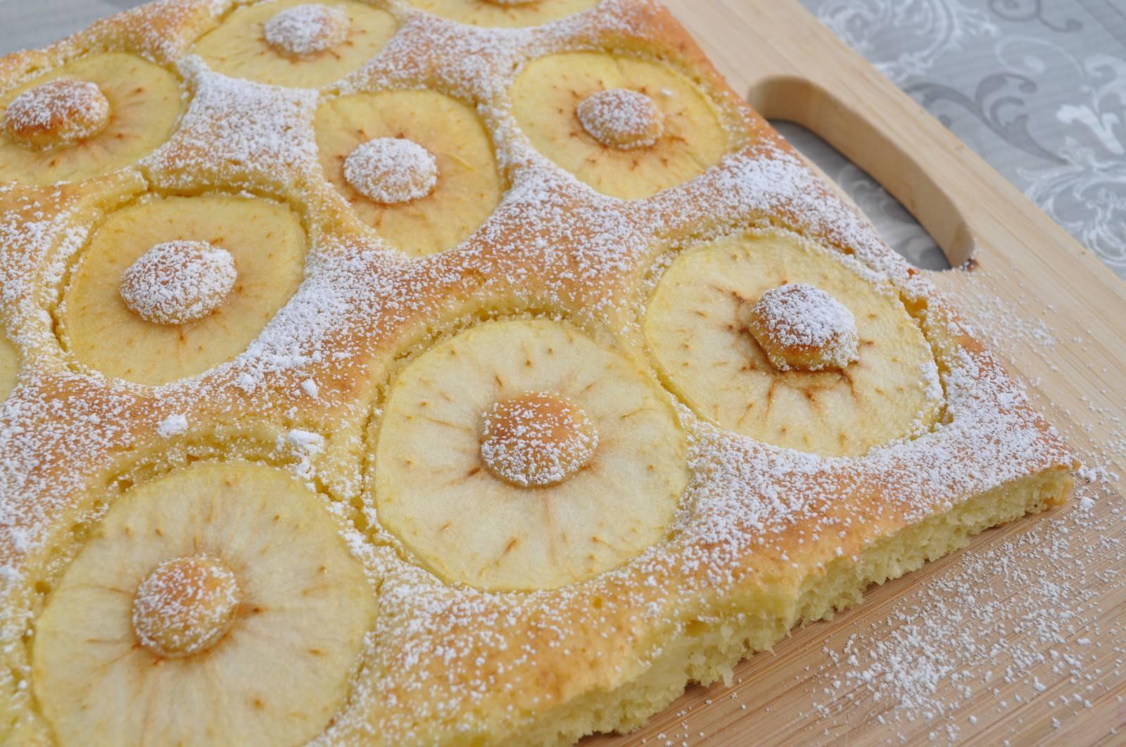 Insolita e soffice torta di mele: una ricetta per i bambini e per i grandi!