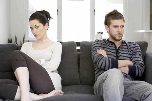 coppia che non si parla