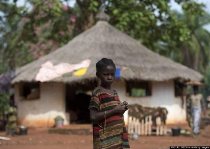 piccola rifugiata africana
