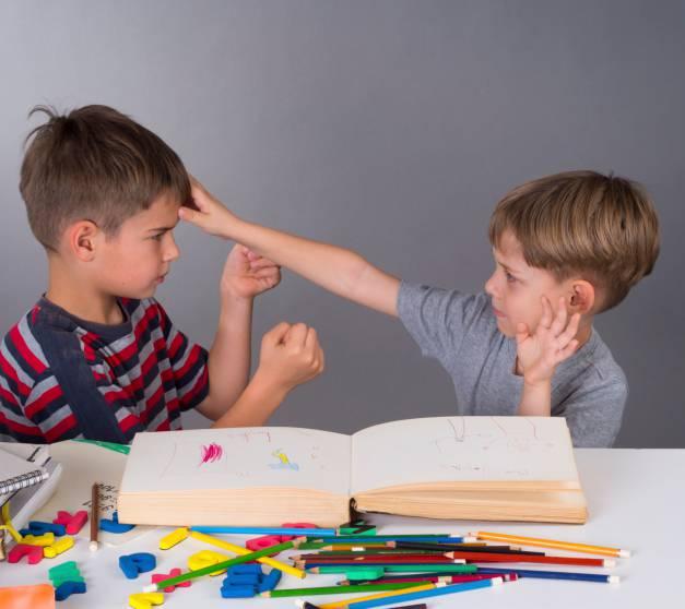 bambini violenti a scuola