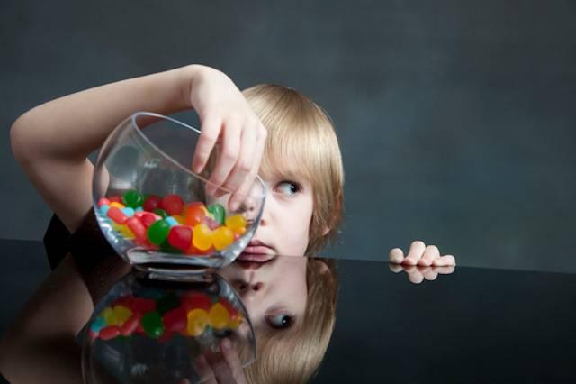 5 oggetti che i bambini rubano dalla mamma