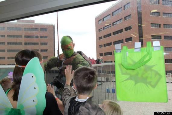 tartaruga ninja incontra i bambini