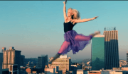 ballerina trai grattacieli