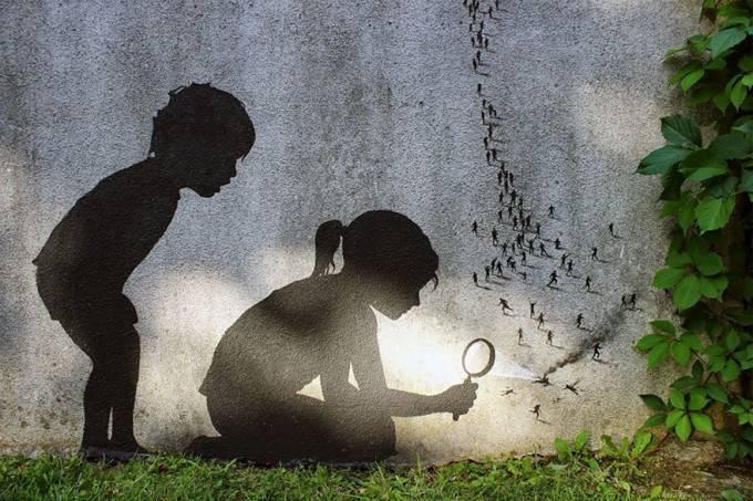 bimbi su murales