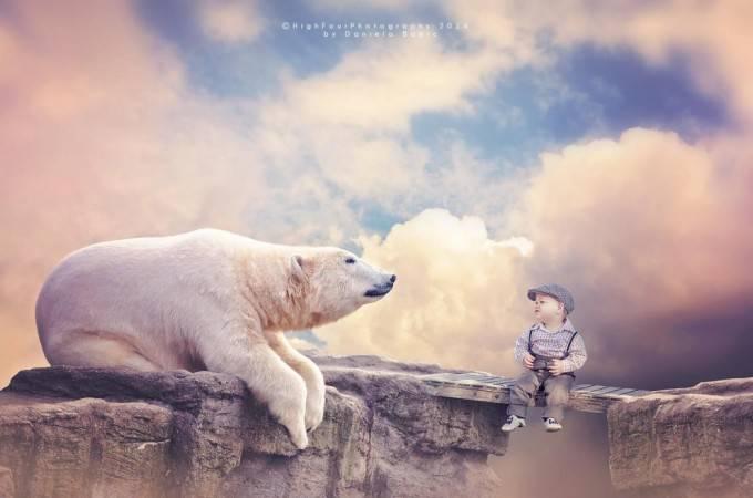 bimbo con orso