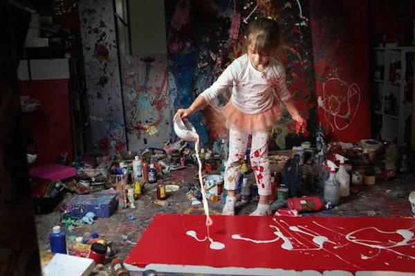 bimba dipinge