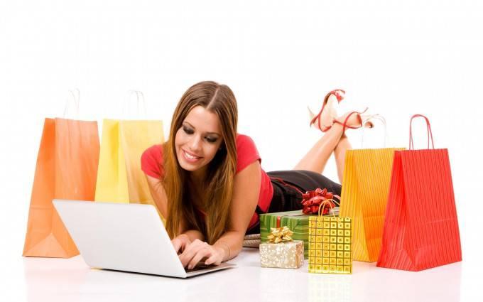 donna fa acquisti online