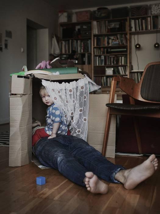 padre gioca coi figli