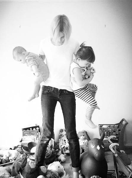 Donna, mamma, moglie... 24 ore nella sua vita(FOTO)