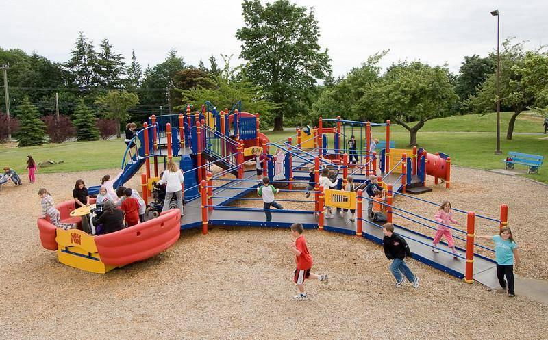 parco giochi inclusivo 2
