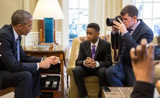ragazzino con Obama
