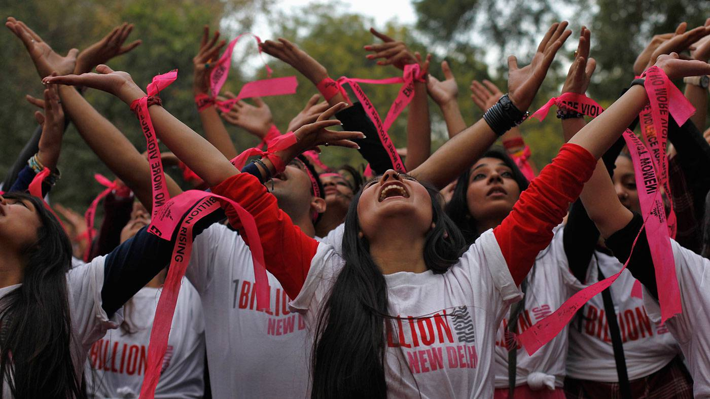 Violenza sulle donne: con la danza in un flash-mob globale diciamo BASTA! (FOTO&VIDEO)