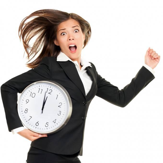 donna in ritardo