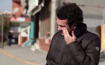 lingua dei segni per un ragazzo sordo