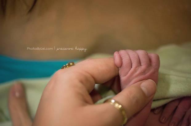 fotografie di nascita piedini