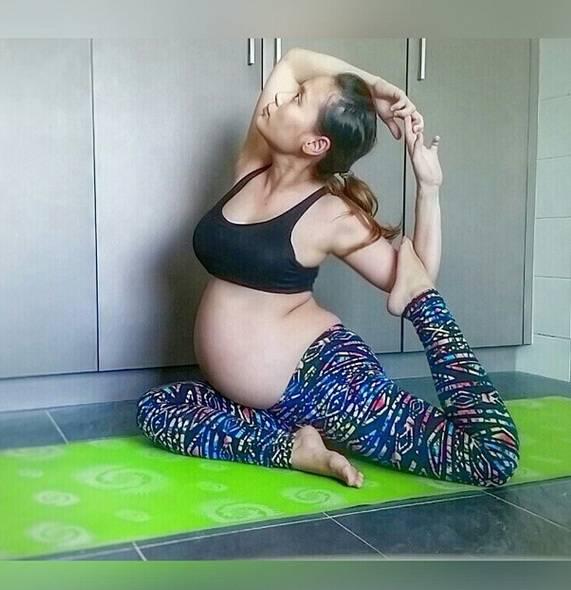 donna stretching