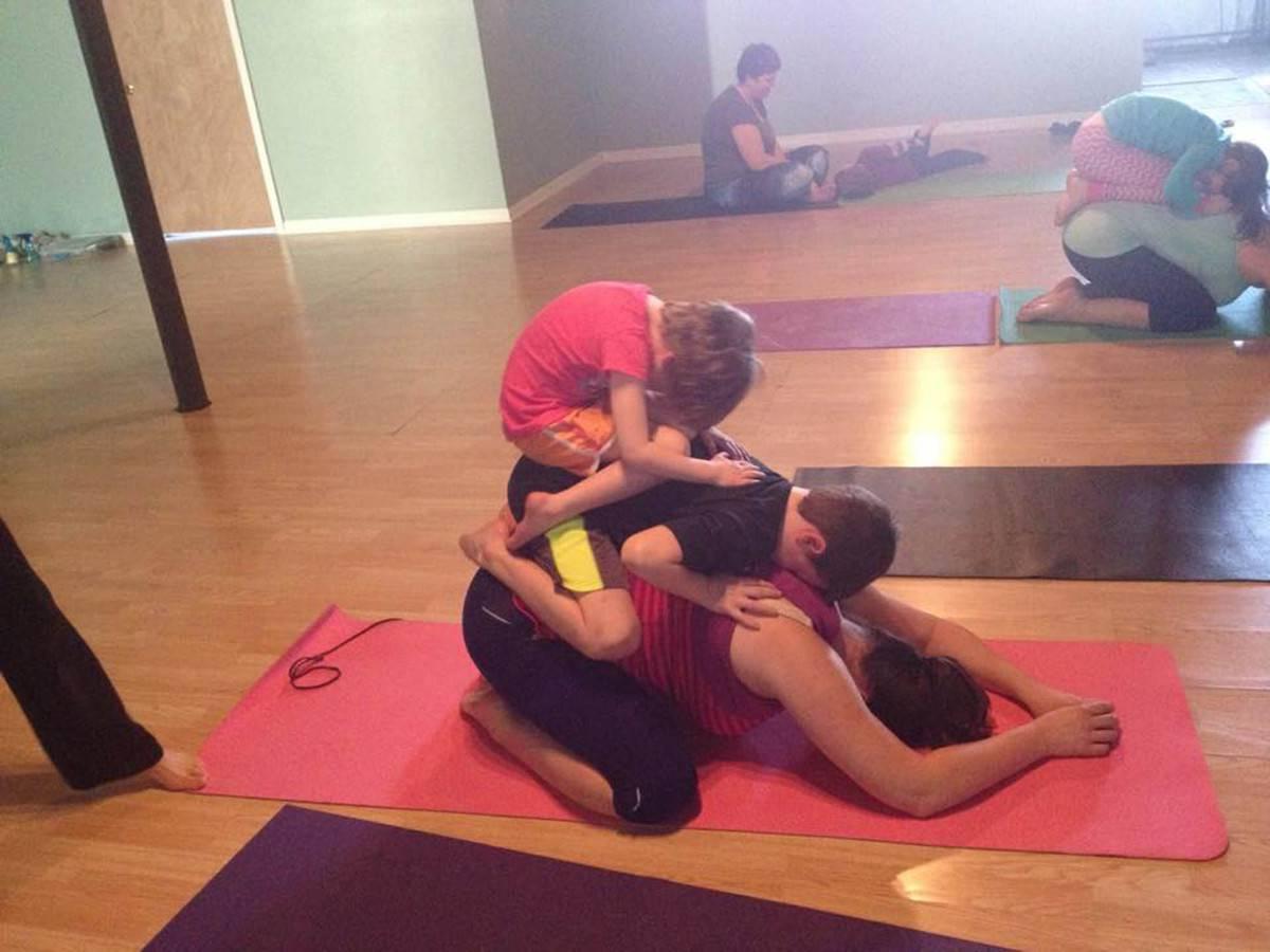 mamma single yoga di famiglia