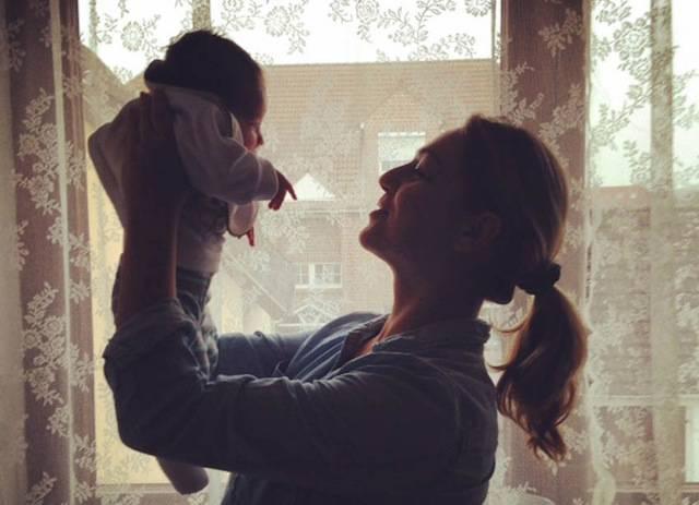 Mamme single: 13 immagini per capire la forza di essere un solo genitore (FOTO)