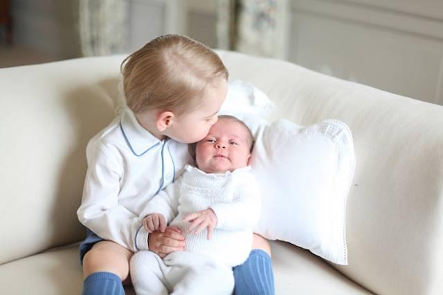 Principe George e Charlotte Foto ufficiali