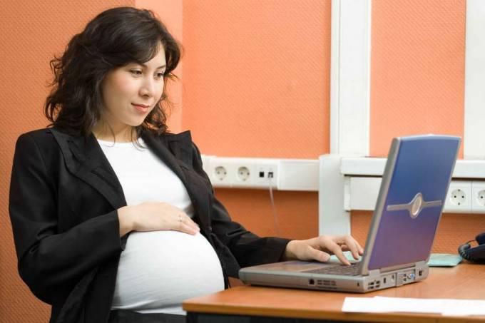 Le novità del Jobs Act: congedo di maternità fino ai 12 anni del  bambino