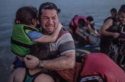 padre siriano commosso