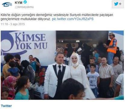 sposi aiutano profughi