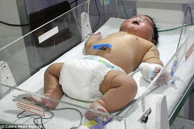 bimbo in ospedale