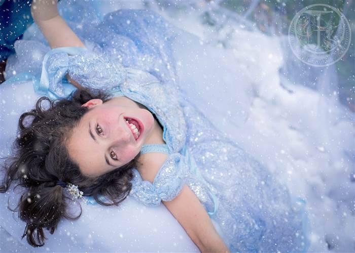 Bambine malate realizzano il sogno di diventare incredibili principesse – FOTO