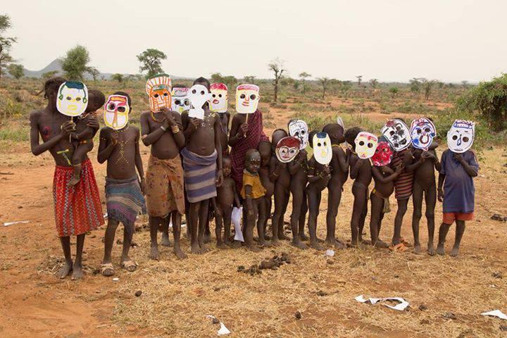 Girano 26 paesi per portare l'arte ai bambini, anche ai meno fortunati! (VIDEO)